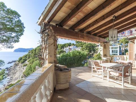 SWOCDC4722 South facing villa with private sea access in Costa de la Calma
