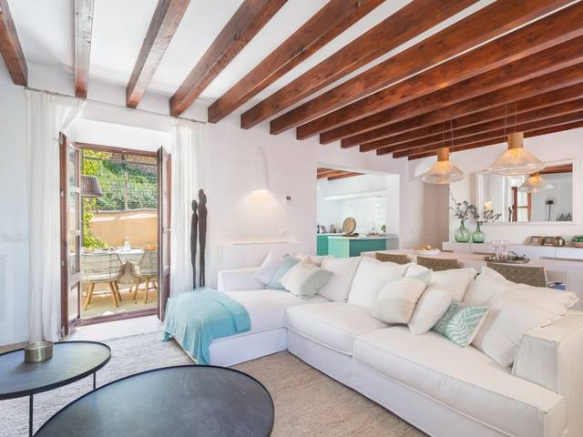 Brand new home with 3 bedrooms and community pool in Deiá, Mallorca