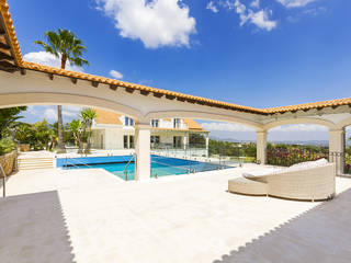 Palatial 7 bedroom home with a pool and fountain on the outskirts of Palma