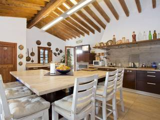 Charming country home for sale with mountain views, ample garden and nice pool in Son Sardina