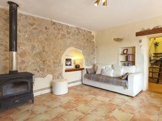 Nice country house for sale in Galilea with sea views