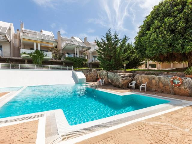 Apartment in a well maintained residential complex in Son Veri Nous
