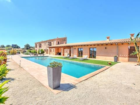 SWOLLU5132 Fantastic finca of contemporary style few minutes away from the beach in Llucmajor