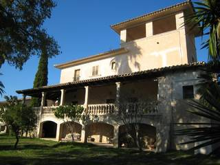 Traditional Mallorquin estate with endless opportunities in Maria de la Salud