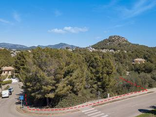 Plot close to marina and golf courses for sale in Santa Ponsa