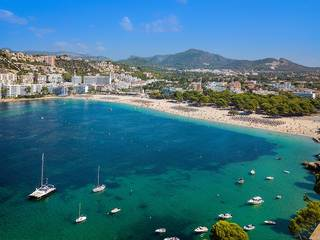 Southwest facing plot with licence for a Mediterranean villa in Santa Ponsa