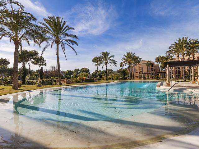Fantastic property situated in a luxury residential area in Nova Santa Ponsa