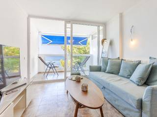 Beautiful frontline apartment with unobstructed sea views in Santa Ponsa