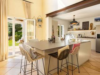 Delightful 5 bedroom villa with private pool in Santa Ponsa