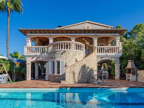 SWONSP40137 Spacious villa with private pool, close to the harbour in Santa Ponsa