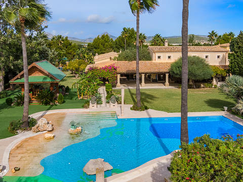 SWONSP40523 Unique villa located next to the golf course in Santa Ponsa