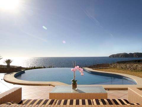 SWONSP4061 Stylish south facing villa, frontline to the sea and with direct sea access in Santa Ponsa
