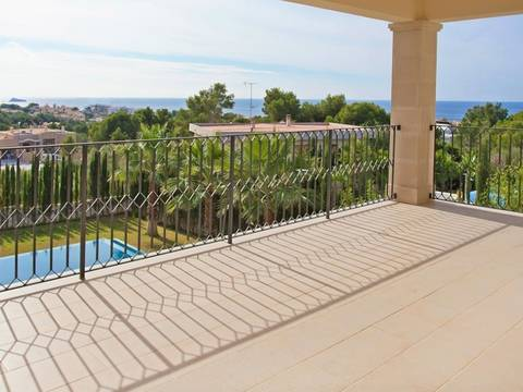 SWONSP4439 Light-flooded villa for sale in Nova Santa Ponsa with sea wiews