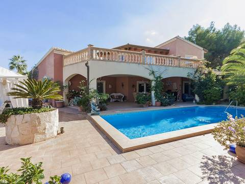 SWONSP4691 Villa for sale in Santa Ponsa with sea views and pool