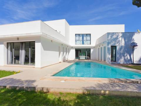 SWONSP4729 Modern family home with swimming pool in Santa Ponsa