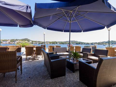 SWONSP6021 Restaurant for sale in Santa Ponsa with stunning views over the bay of Santa Ponsa