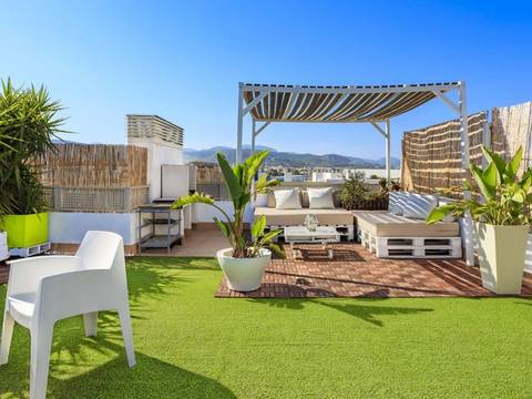 SWOPAL10072 Penthouse with generous rooftop terrace with 360-degree views in Palma