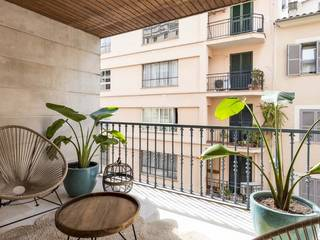 Modern apartment with two bedrooms, terrace and garage in Palma