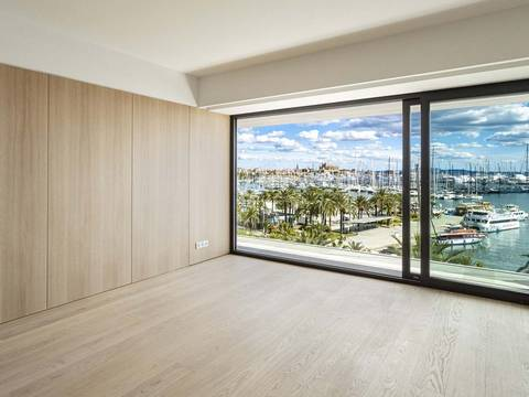 SWOPAL10097BPO Luxury seafront penthouse overlooking Palma´s famous Paseo Marítimo