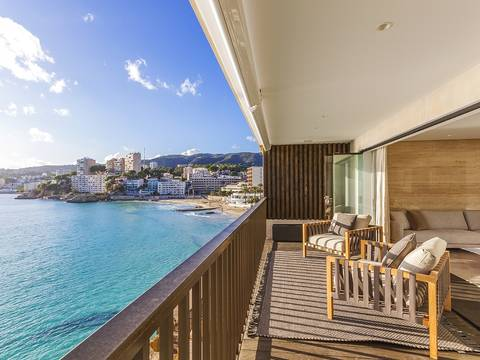 SWOPAL10105 Seafront apartment with outstanding views of Cala Major bay in Palma