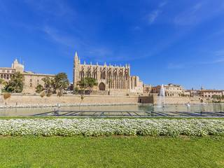 Modern apartment with private terrace in Old Town Palma