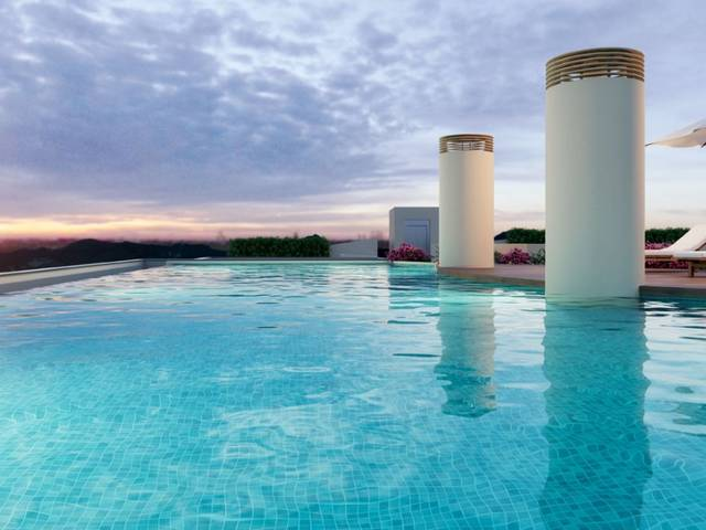 Newly built penthouse with community pool in Palma