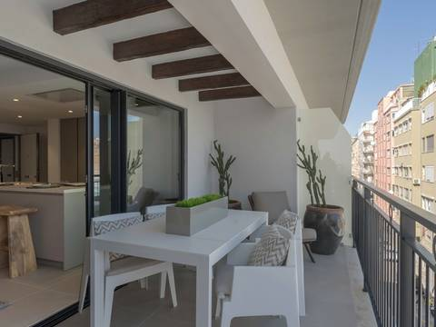 SWOPAL10276C Contemporary penthouse close to harbour in Palma