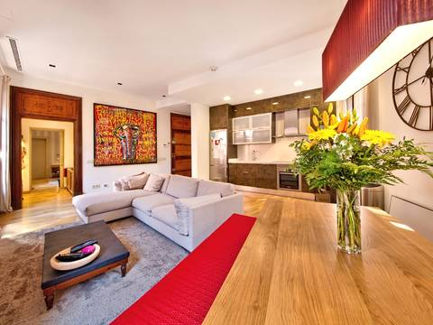 SWOPAL1105 Light flooded apartment with 3 bedrooms and 3 bathrooms in the old town of Palma