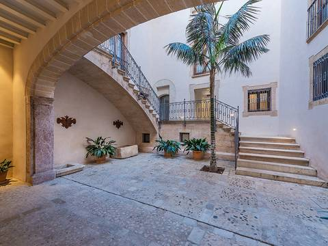 SWOPAL11434 Elegant duplex apartment with pool in the heart of the historic quarter in Palma de Mallorca
