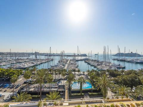 SWOPAL11777 Wonderful 3 bedroom apartment on the Paseo Maritimo in Palma