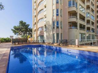 Ample apartment for sale in Palma with spectacular sea views