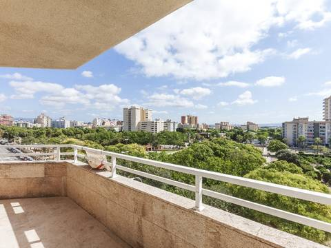 SWOPAL1761 Spacious penthouse with large roof terrace