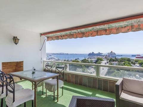 SWOPAL1873 Apartment with magnificent views of the bay of Palma and the cathedral
