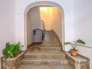 Attractive townhouse for sale in Palma closed to shopping areas