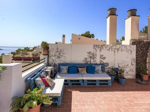 SWOPAL2168 Reformed townhouse in a quiet residential area near Palma de Mallorca