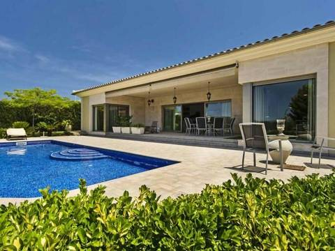 SWOPAL4546 Spectacular house for sale in a quiet residential area of Marratxí