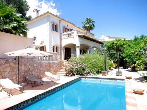 SWOPAL4636 Beautiful villa for sale in Bonanova in a quiet location with sea view