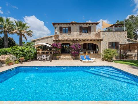 SWOPAL4755 Lovely villa with large garden and pool in a quiet location near Palma