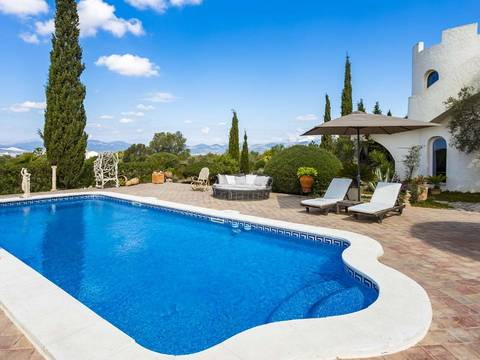 SWOPAL4974 Villa with large garden, pool and surrounded by greenery in Marratxi