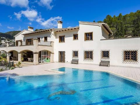 SWOPAL5142 Unique property close to Palma with wonderful views in Genova