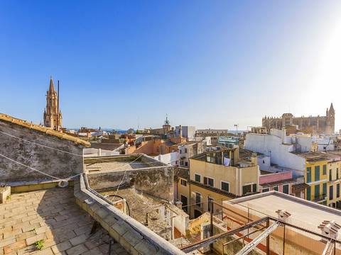 SWOPAL6031 Fantastic opportunity to invest in a building in Palma de Mallorca
