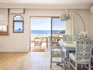 Three bedroom duplex with panoramic sea views in Torrenova