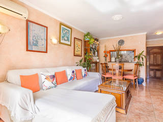 Ideal holiday apartment metres from the sandy beach in Palmanova