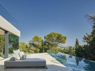Exceptional modern villa with roof terrace and sea views in Palmanova
