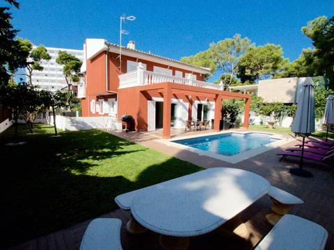 SWOPAN4328 Detached house for sale in Palma Nova set on a plot of 354m2