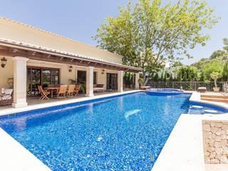 Fantastic villa for sale in Palmanova with private garden