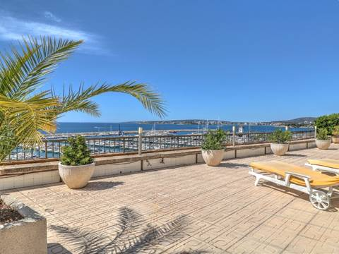 SWOPOR1780 Harbour view apartment in Portals Nous, in walking distance to the marina