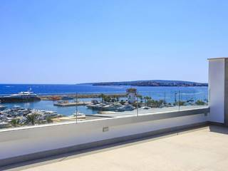 Reformed apartment with views over the port and to the sea in Puerto Portals