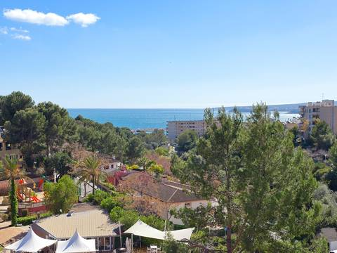 SWOPOR1831 Nice apartment with sea views for sale in Portals Nous