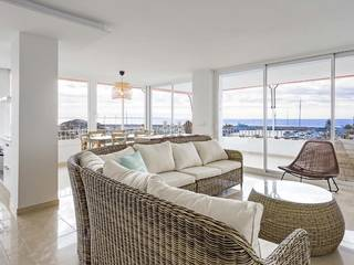 Large apartment with direct sea access in Puerto Portals
